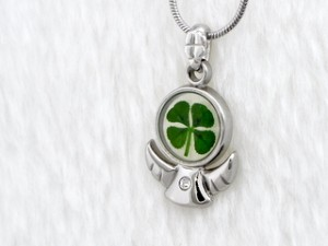 "Kalung Angel ""Four Leaf Clover"" Daun Langka (Legendary For Good Luck)"