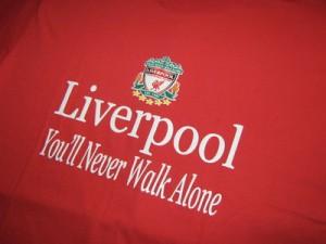 Kaos Liverpool Merah