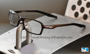 FR Oakley Concrete Brown (C)