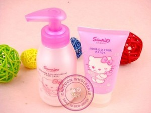 Hello Kitty Body Lotion Hand Cream Set Pink