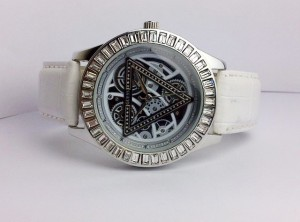 GUESS GEARIZER LEATHER (WHITE)