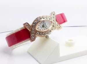 FASHION WATCH DIAMOND SILANG (RED GOLD)