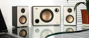 SWANS HiVi M10   The Hi End 2.1 Multimedia Active Speaker