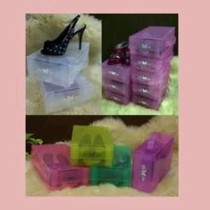 Kotak Sepatu Transparan Basic M warna