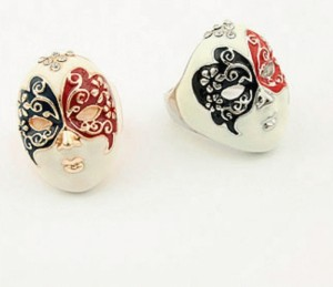 Korean Exquisite Fashion Decorated With Rhinestones Mask Shape Ring