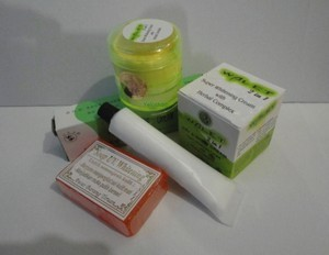 Paket Cream Walet 2 In 1 WALET SUPER WHITENING +SPF30 (IMPORT)