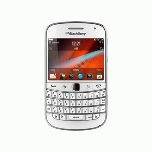 BLACKBERRY 9900 DAKOTA White ; GSM Touch & Type Grs. Resmi TAM, Comtech, SS
