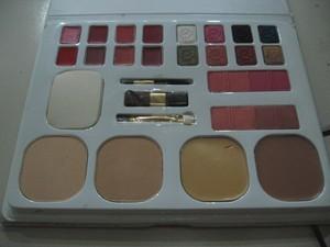 Make Up Kit Sari Ayu