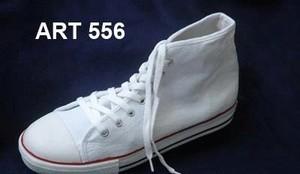 Sepatu Canvas ART 556