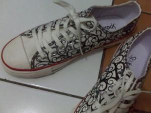 Sepatu Lukis Batik