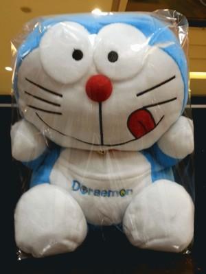 Boneka Doraemon 60cm