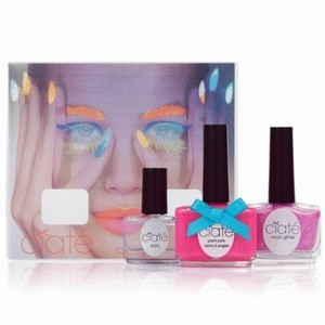 CIATE - Corrupted Neon Manicure Shout Out