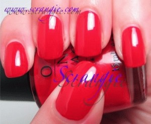 OPI - A Qui Bit Of Red