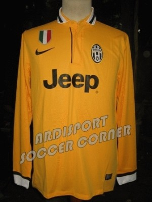 Juventus Away LS 2013/14 (Player Issue)