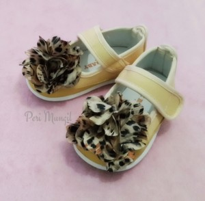 BABY SHOES - GOLDEN BROWN