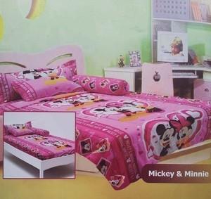 Sprei Mickey & Minnie SBR