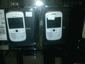 Blackberry Gemini 8520 Garansi 2th.