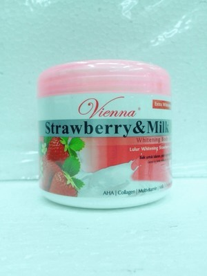 Vienna body scrub strawberrry and milk 250 ml