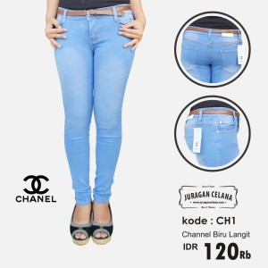Celana Jeans Channel Wanita (Biru Langit)
