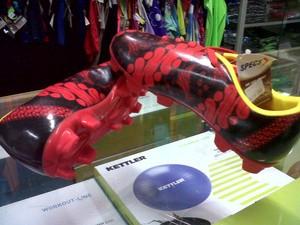 Sepatu Bola Specs Accelerator Parang Junior