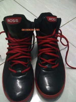 jual sepatu adidas derrick rose