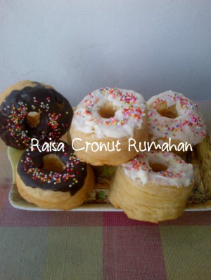 Cronut aneka toping