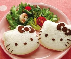 Hello Kitty Sandwich Mold (cetakan roti Kitty)