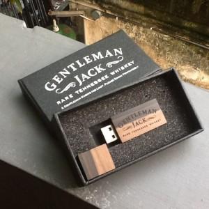 Wooden case USB Flashdisk