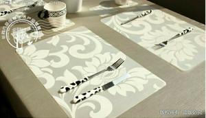 Tatakan piring gelas Anti Air Bunga Putih (impor)