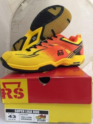 harga Sepatu Badminton / Bulutangkis RS Super Liga 800 Yellow Orange Tokopedia.com