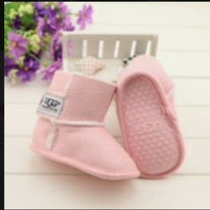 harga Boot UGG pink baby Tokopedia.com