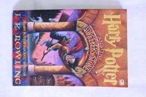 harga Harry Potter 1: Harry Potter dan Batu Bertuah. the Sorcerer's Stone Tokopedia.com