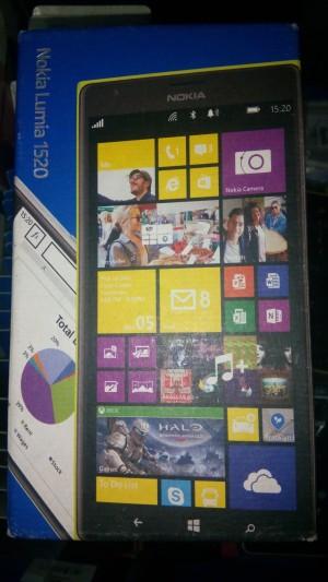 Nokia lumia 1520 baru. Garansi resmi setahun