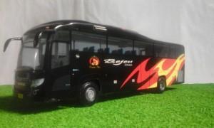 harga miniatur bus bejeu Tokopedia.com