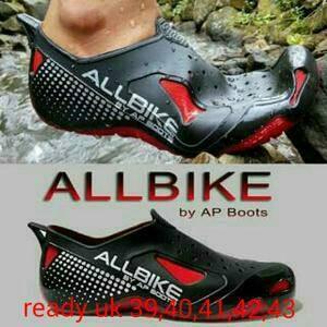Sepatu anti hujan/becek khusus naik motor/sepeda app allbike