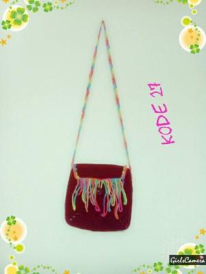 harga tas selempang sling rajut kecil wanita merah pelangi Tokopedia.com
