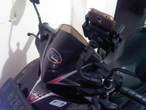 Holder Motor Fleksibel bisa diatur seuai kebutuhan maks 5,5 inc