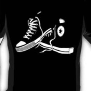 T-shirt/Kaos distro/Pakaian Sepatu Converse