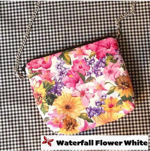 Kode Waterfall Flower White