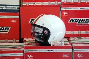 Helm Nolan N21 Banner White cocok retro dan vespa bonus dark visor
