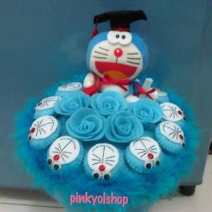 harga Buket Boneka Doraemon Wisuda Bunga Biru Tokopedia.com