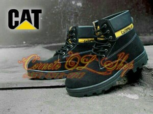 Sepatu boot caterpillar adventure casual trendy
