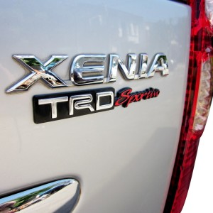 Emblem TRD Sportivo Keren Untuk Mobil Kesayangan