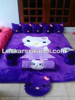 Karpet Karakter Hello Kitty Daster Full Set Alas Kain Bintik Totol
