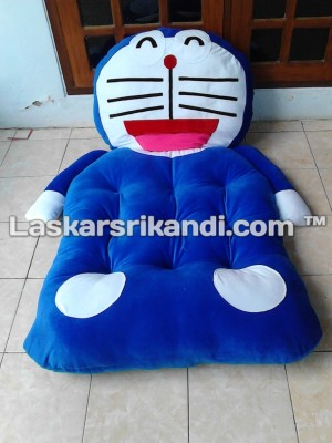 Kasur Boneka Karakter Doraemon Full Silikon + Retsleting Size Remaja