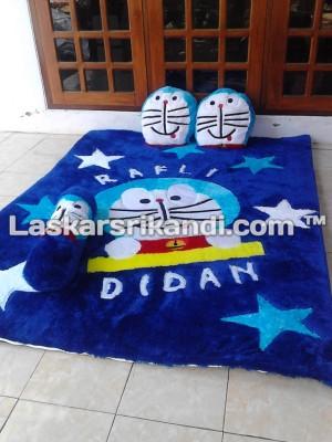 Karpet Karakter Doraemon Set Spons Terbaik Alas Kain Bintik Anti Slip