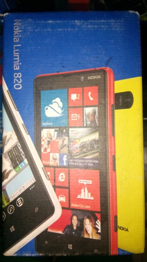 Nokia lumia 820 baru 100% garansi resmi setahun