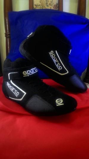 Sepatu Balap Sparco