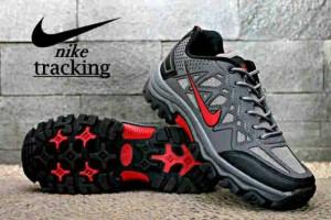 harga Sepatu tracking hiking nike traveling import grade original vietnam Tokopedia.com