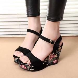 Sandal wanita wedges sepatu sendal cewek .